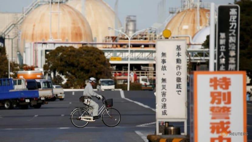 Japan's Fuji Oil shuts 143,000 bpd Sodegaura refinery for maintenance