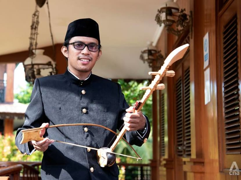 From jazz to Mozart, young Indonesian breathes new life into centuries-old stringed instrument