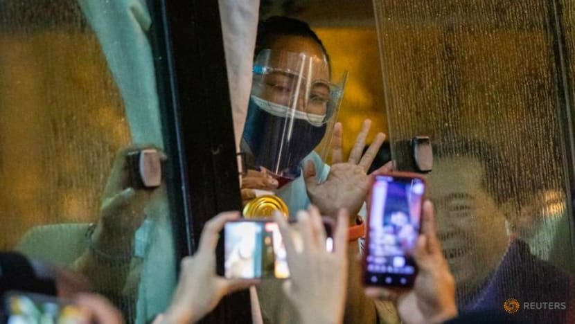 Weightlifting: Philippines' Diaz returns to hero's welcome after winning historic gold