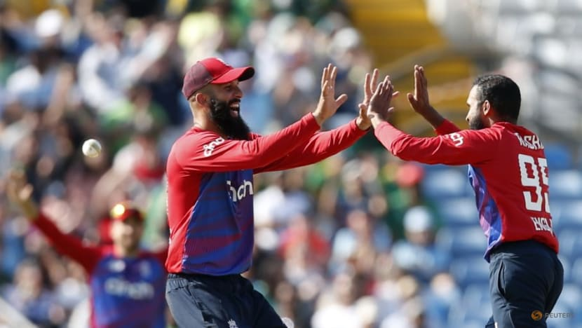 Cricket-England recall Moeen for Lord's test against India
