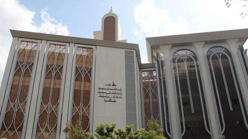 Most mosques to extend opening hours for five daily prayers as phased reopening continues