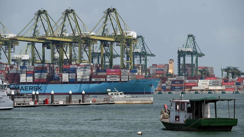 Singapore's exports fall 4.5% in May, after three months of growth