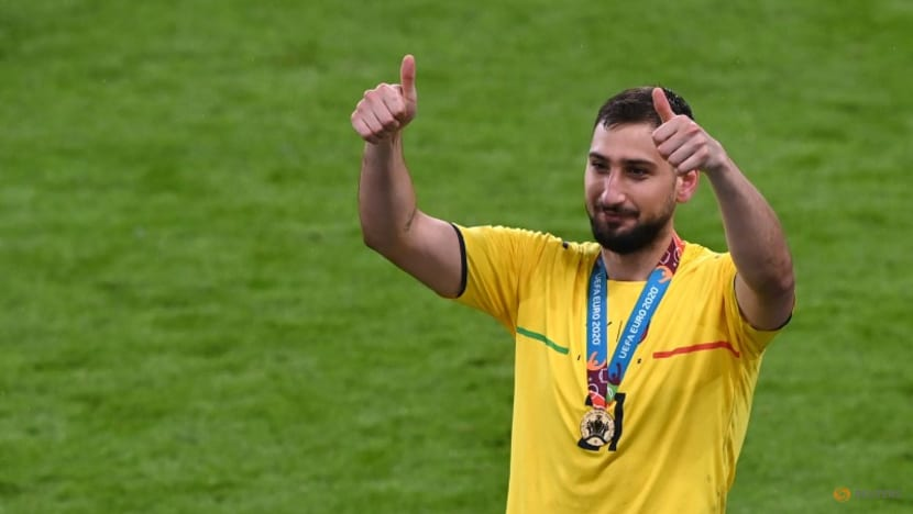 Soccer-Donnarumma thrilled at prospect of Messi joining him at PSG