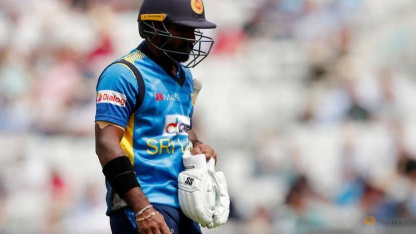 Cricket-Injured Perera out of India series, Fernando to miss ODIs