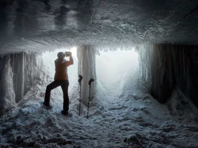 """""""Ice Cathedral"""" in Swiss Alps offers visitors unique show"""