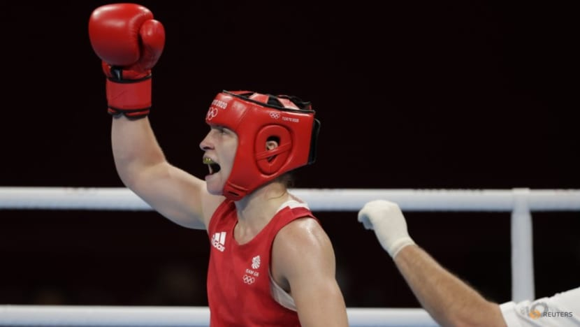 Olympics-Boxing-Britain's Price defeats Li to win women's middleweight gold