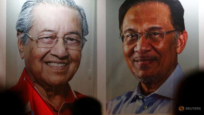 Anwar says Mahathir played no part in attempts to create new ruling coalition