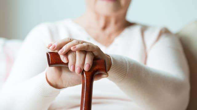 调查:去年阻断期间现忧郁症状年长者 比疫情前高出近两倍