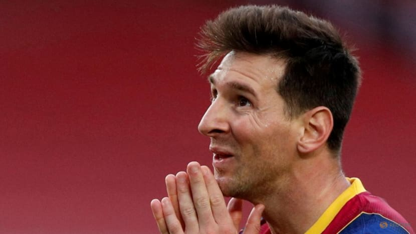 Messi to hold news conference on Sunday after shock Barcelona exit