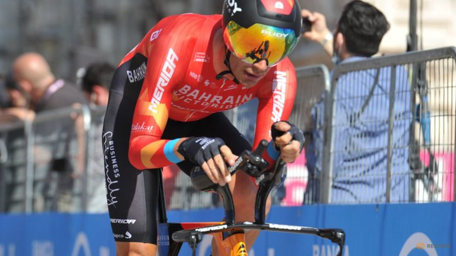 Caruso solos to Vuelta stage win in mountains, Roglic increases lead thumbnail