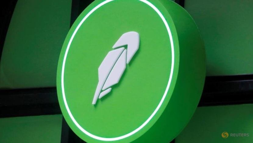 Online brokerage Robinhood jumps 29% to surge past offer price