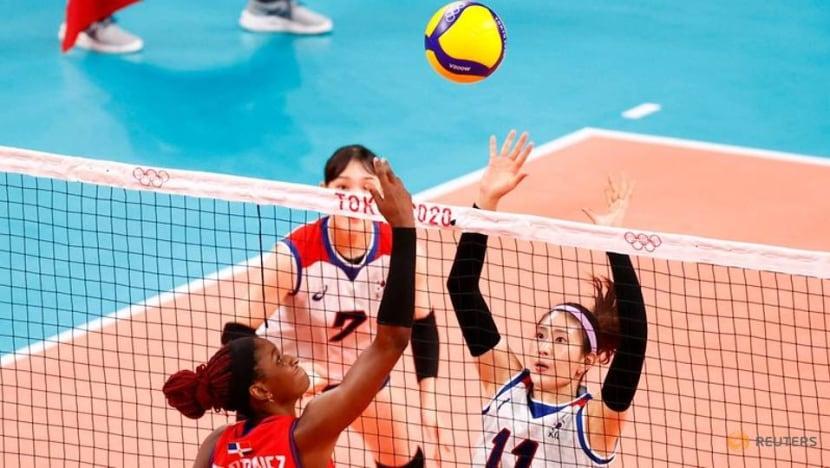 Olympics-Volleyball-Serbia thrash Kenya, S Korea scrape past Dominican Republic