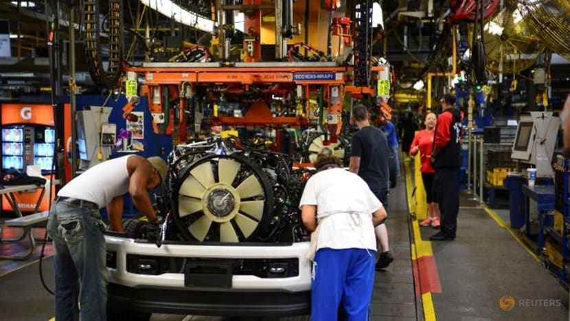 Automakers pause North American production on US winter weather