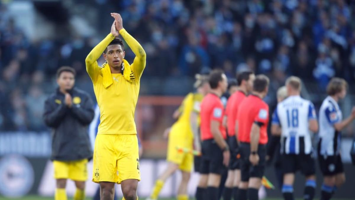 Haaland-less Dortmund ease past Bielefeld 3-1