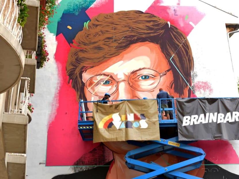 Budapest mural pays tribute to Katalin Kariko, Hungarian-born pioneer behind COVID-19 vaccine