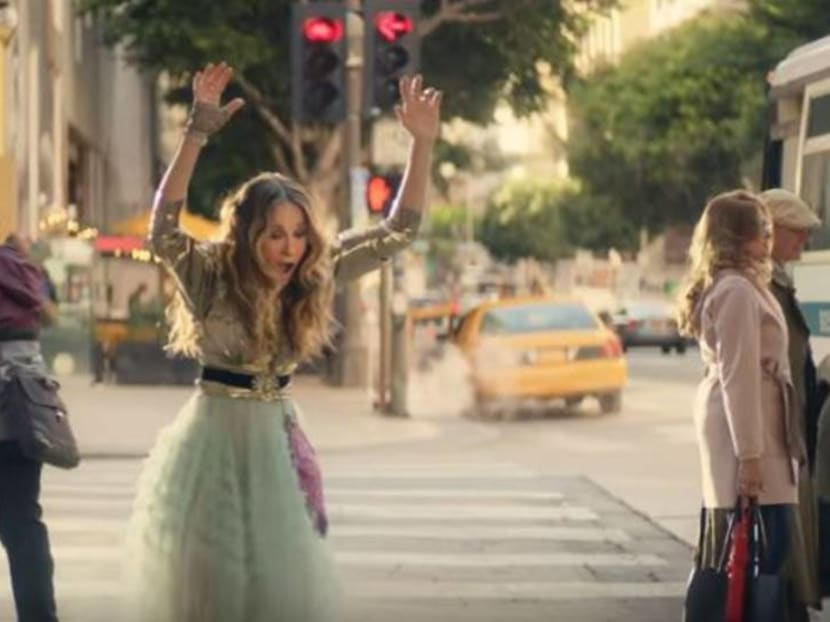 Sarah Jessica Parker returns on screen as Carrie Bradshaw... for 15 seconds