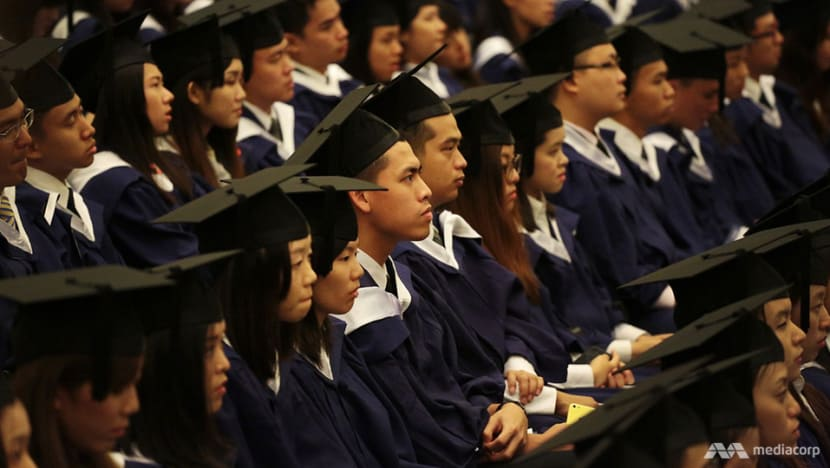 Study loan repayments suspended for graduates, IHLs to provide free training modules