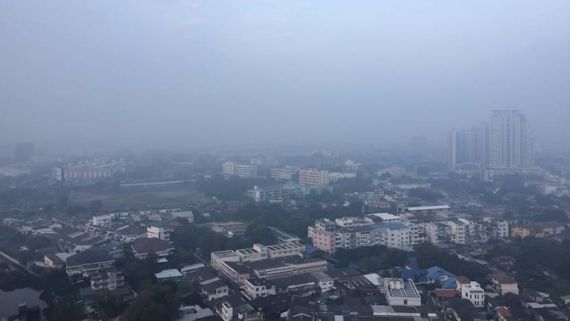 Air pollution soars in Thai capital Bangkok, authorities issue warning
