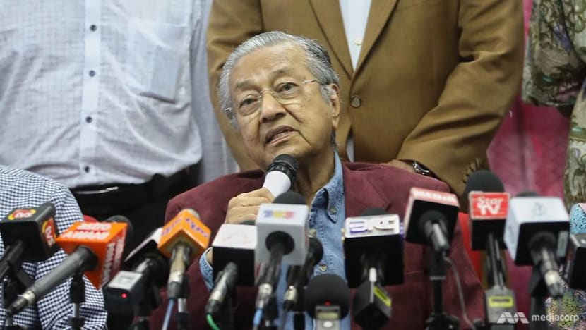 Malaysia welcomes talks with Singapore on maritime dispute: Mahathir