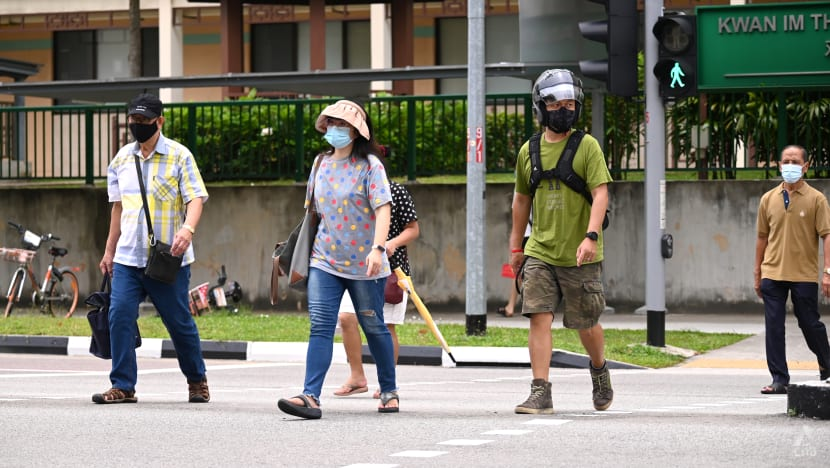 934 new local COVID-19 infections in Singapore; rise in cases of serious illness