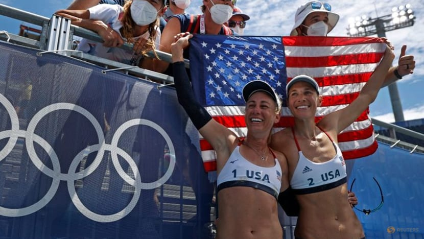 Olympics-Beach volleyball-America's Ross and Klineman beat Australia for gold