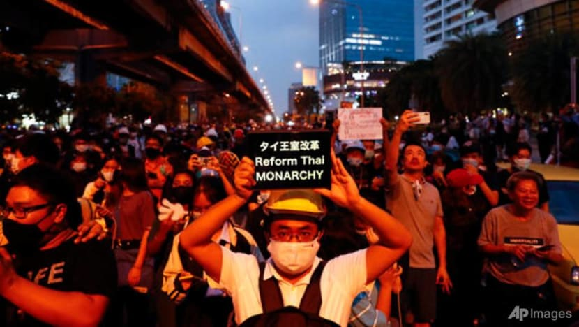 Thai protesters shun Parliament, ask Germany to probe king