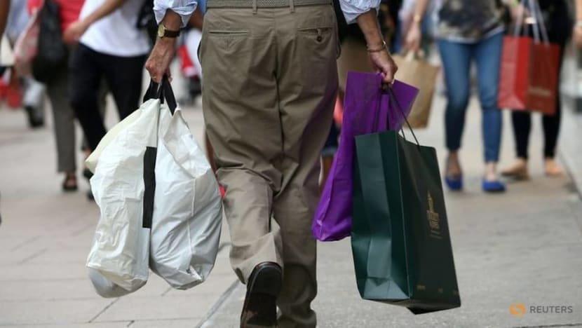 Football fails to boost footfall: UK shopper numbers stay flat