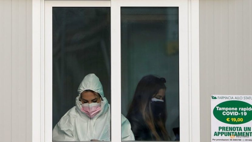 Italy reports 44 coronavirus deaths on Monday, 4,168 new cases