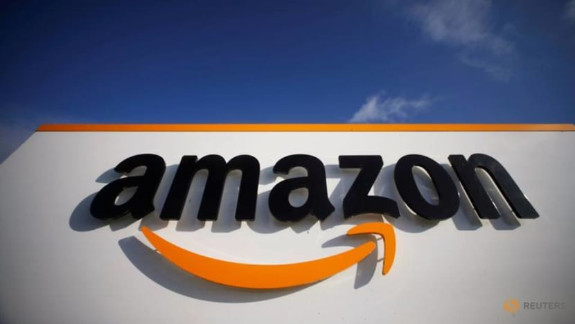 Amazon forecasts jump in holiday sales - and COVID-19 costs