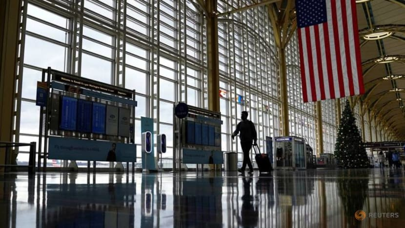 US may expand required COVID-19 testing to more international passengers