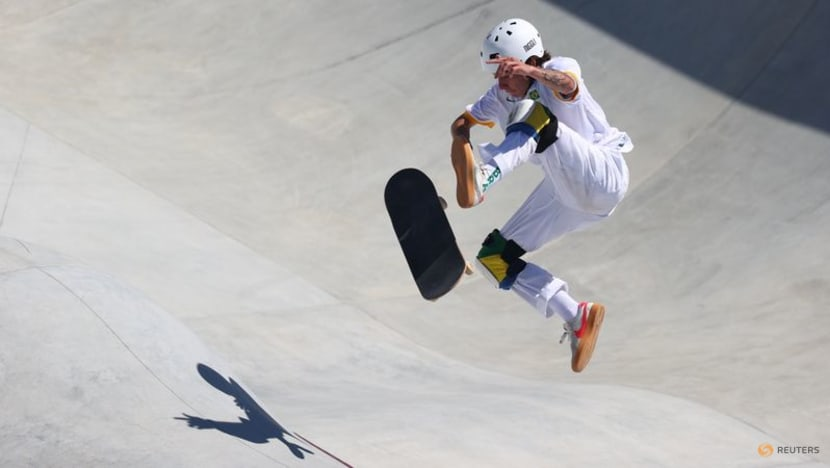 Olympics-Skateboarding-Brazilians roar into park skating finals