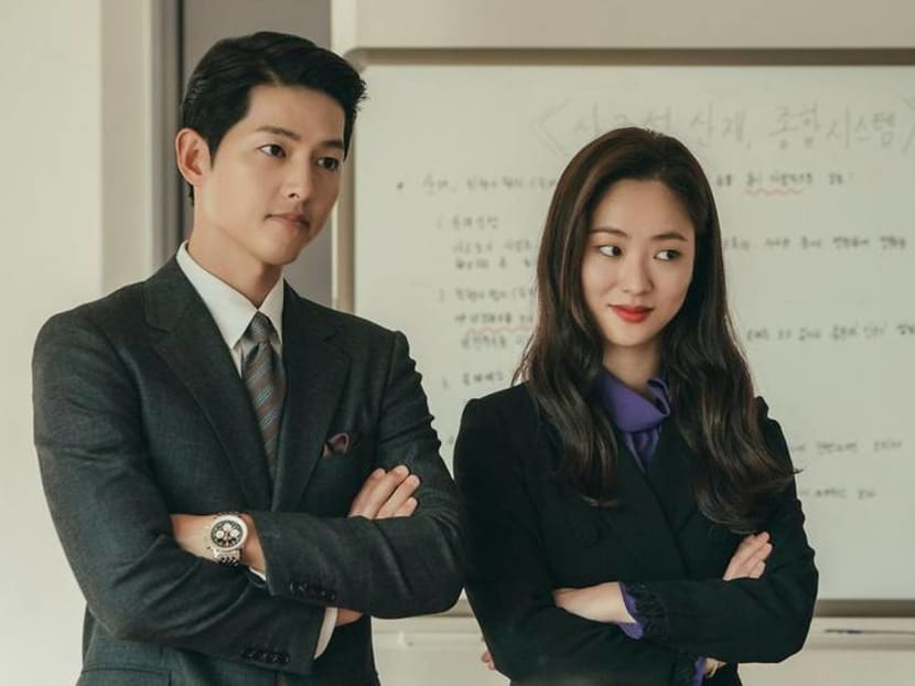 Song Joong-ki sends coffee, dessert truck to Vincenzo co-star Jeon Yeo-been's new drama set