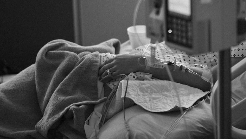 Commentary: Your spouse or your parents? Who should decide when to take you off life support?