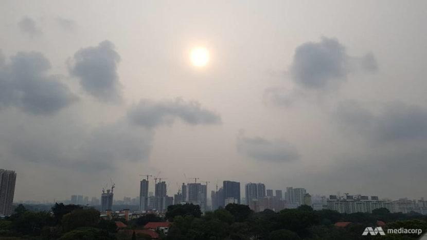 Haze remains at unhealthy levels