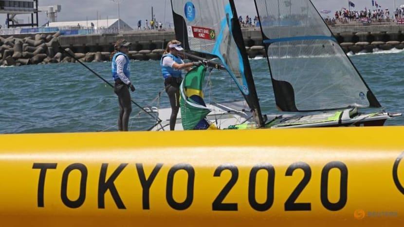Olympics-Sailing- Brazil win gold in women's 49er sailing