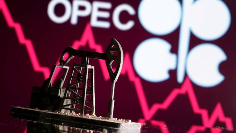 Analysis-Peak OPEC? Climate-focused production shift to pile pressure on pact