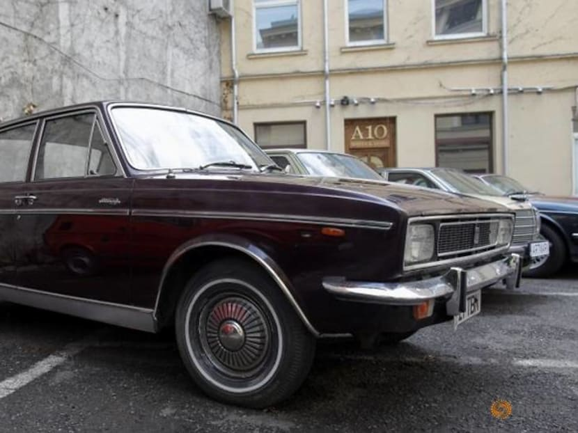 Iranians fail to snap up car that Shah gave to Romanian dictator