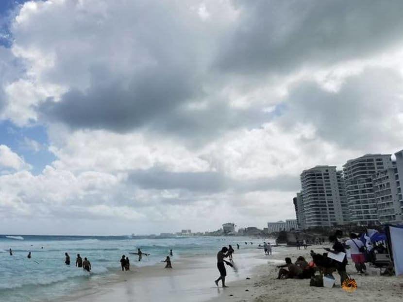 Summer of vaccines stirs hope after sickly year for Mexican tourism