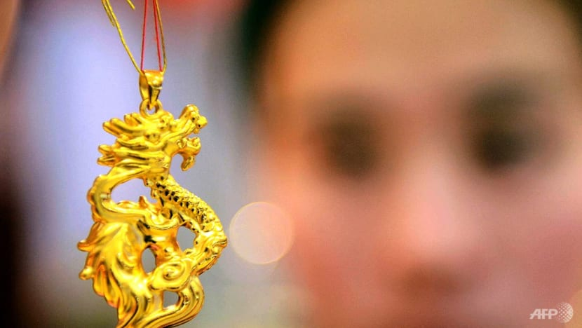 Dragons fly as Chinese millennials take a shine to gold
