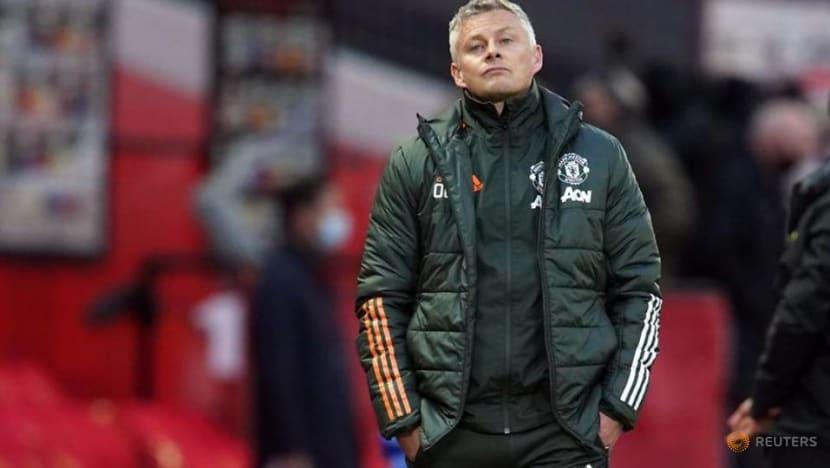 Soccer-Ferguson says Solskjaer has 'done very well' at Man United