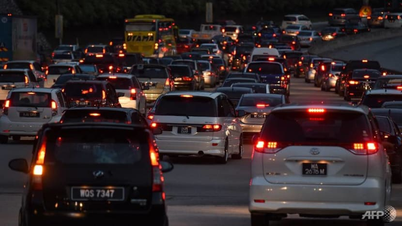 Malaysia allows public transport, flights to operate at full capacity