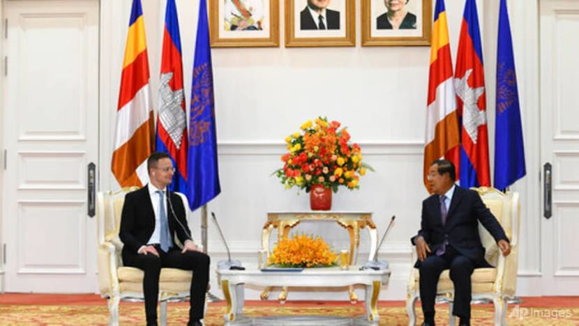 Cambodia bans state-organised events in capital over COVID-19
