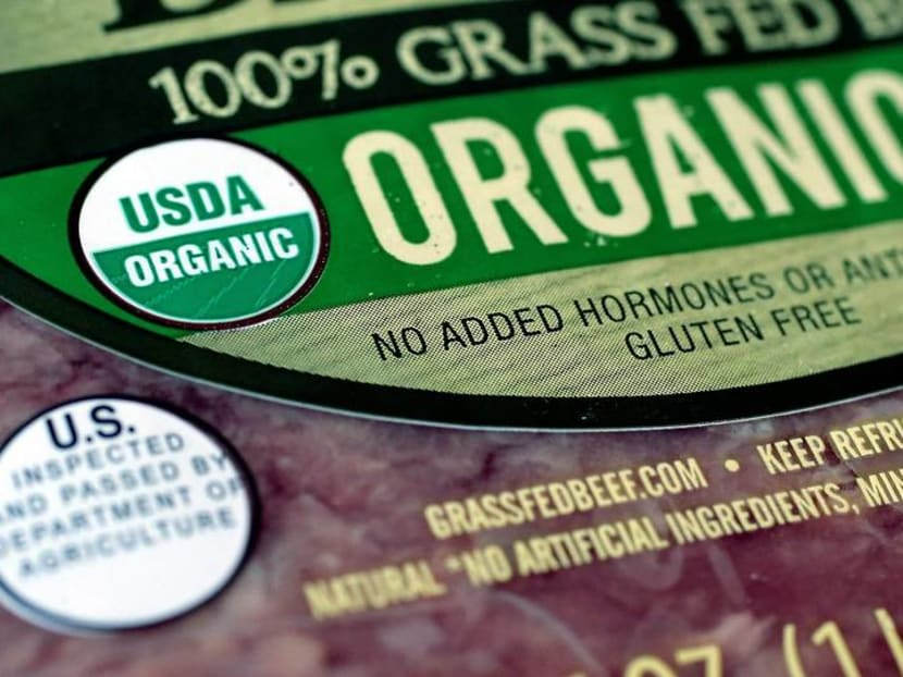Can eating organic food lower cancer risks?
