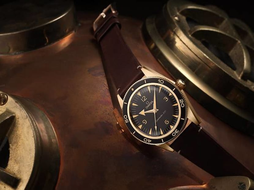 Gold, silver, bronze: Which watch case material is best for you?