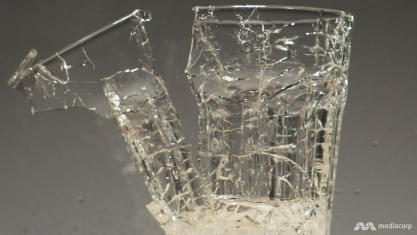 When glass suddenly shatters — why it happens and how to be on the safe side