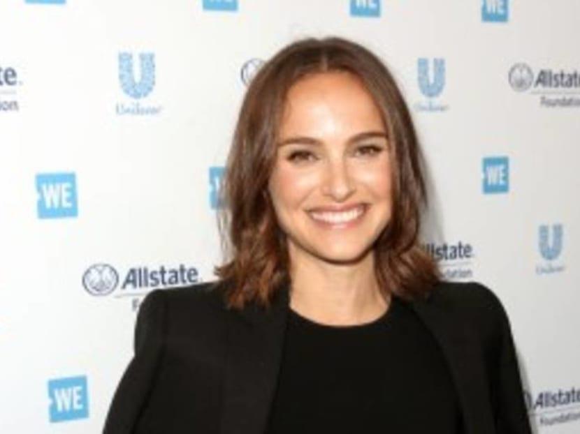 Natalie Portman denies dating Moby, calls him a creepy older man