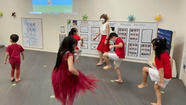 本地近5万名学龄前儿童参与幼儿奥运会 共同迎国庆
