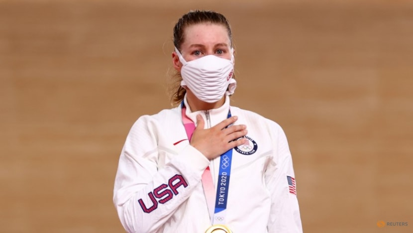 Olympics-Cycling-Keirin king Kenny in seventh heaven, Valente makes history for U.S