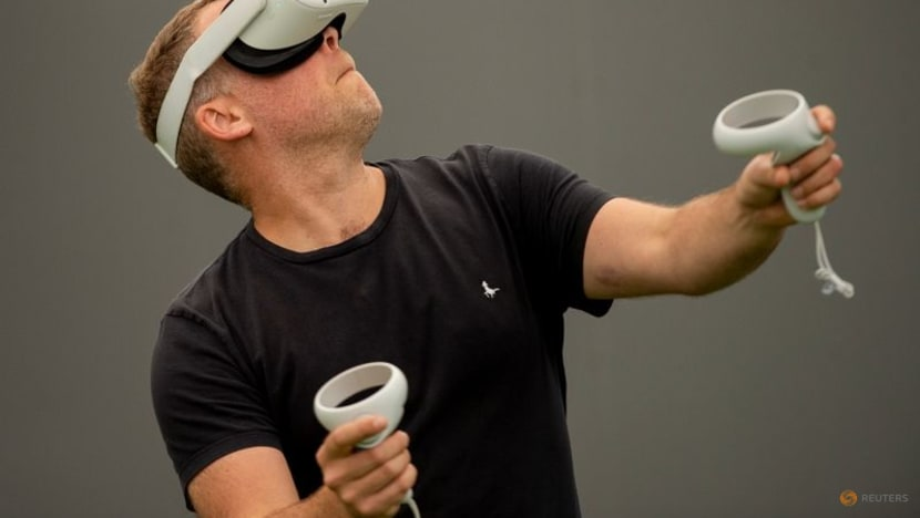 Football: How virtual reality could help reduce brain injuries
