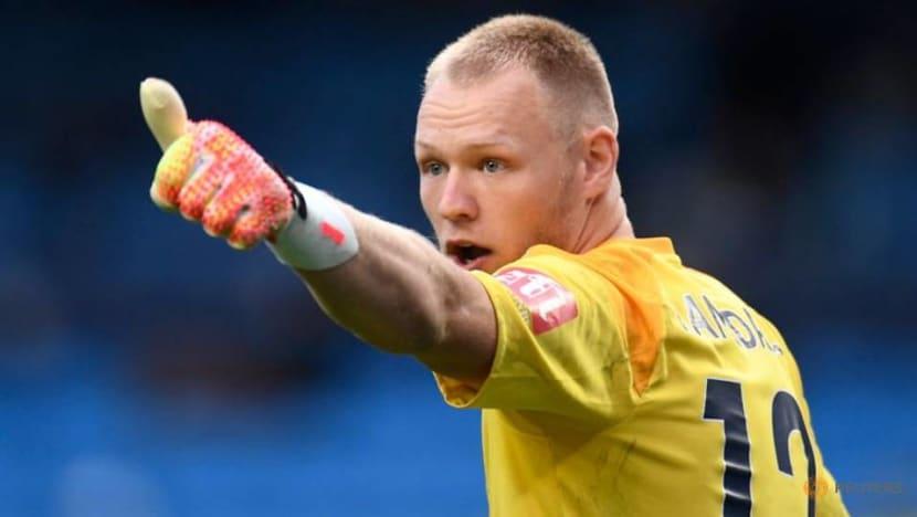 Football: Sheffield United sign goalkeeper Ramsdale following Henderson departure